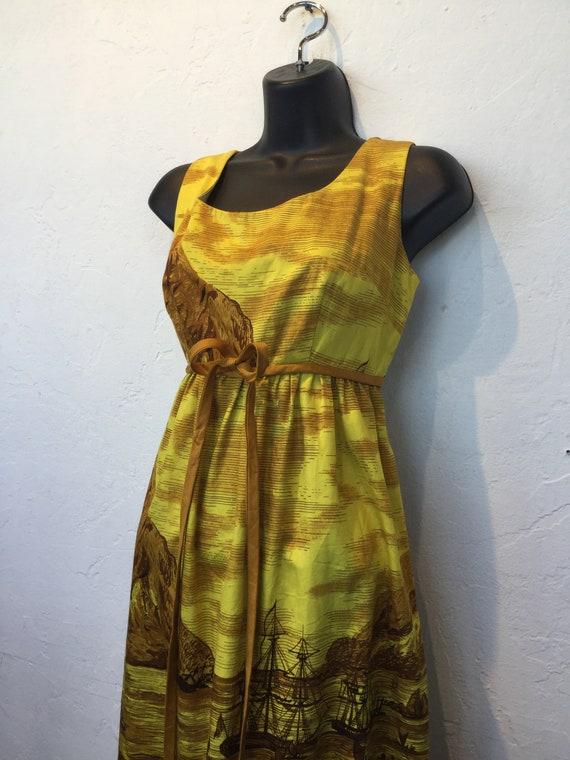 """Vintage 1960s Hawaiian cotton dress. 26"""" waist - image 3"""
