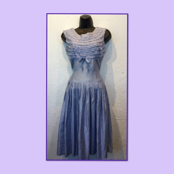 Vintage 1950s lavender ruffle dress
