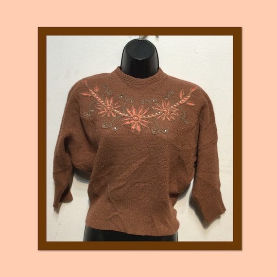 Vintage 1940s/50s batwing sweater
