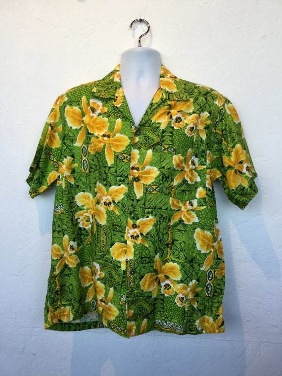 Vintage 1960s cotton Hawaiian shirt. - image 2