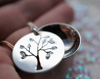 Personalized Family Tree Locket in Sterling Silver - Unique Hand Drawn Design