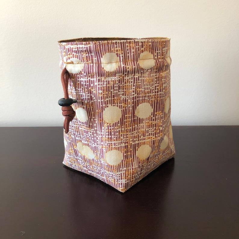 Mukashi Stand-up Dice Bag