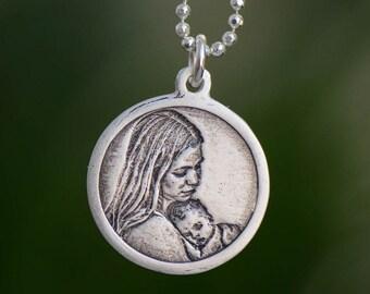 Photo engraving pendant