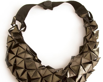 TRICOT NECKLACES (TESEL 01)