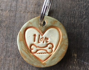 "Dog Tag/Keychain - ""I Love Bones"" - Green"