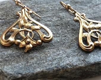 Gold earrings drop earrings vintage filigree art nouveau floral filigree