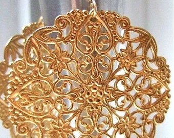 Chandelier earrings. Big gold earrings. Vintage filigree. GOLD LACE