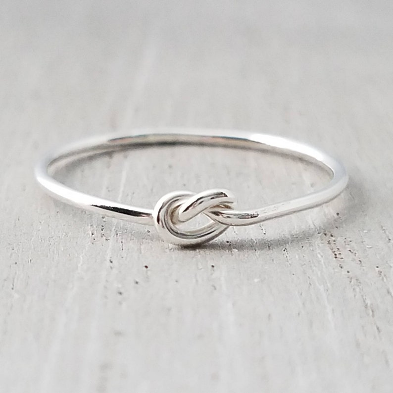 Silver Knot Ring image 0