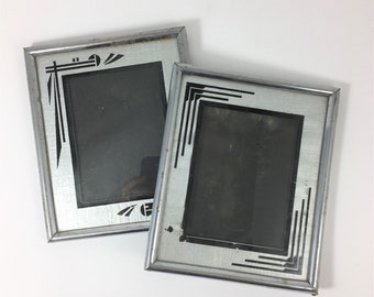 Vintage Pair of Art Deco Picture Frames in Silver and Black
