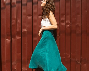 Tender Moon A-Line Skirt in Undergrowth Green