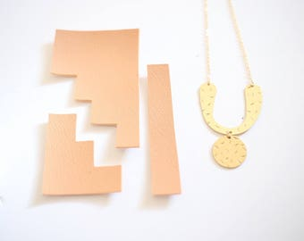 Sprinkled Arc Necklace