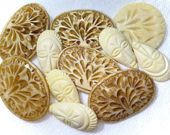 Vintage Buttons - 11 Carved Horn Buttons