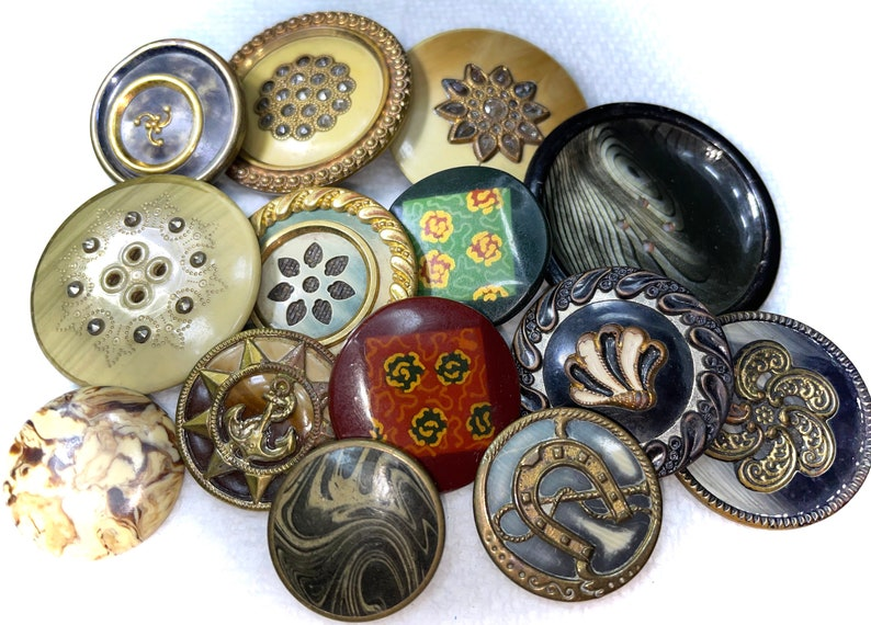 Antique Victorian 14 Celluloid Buttons Pictorial Tight Top /& More