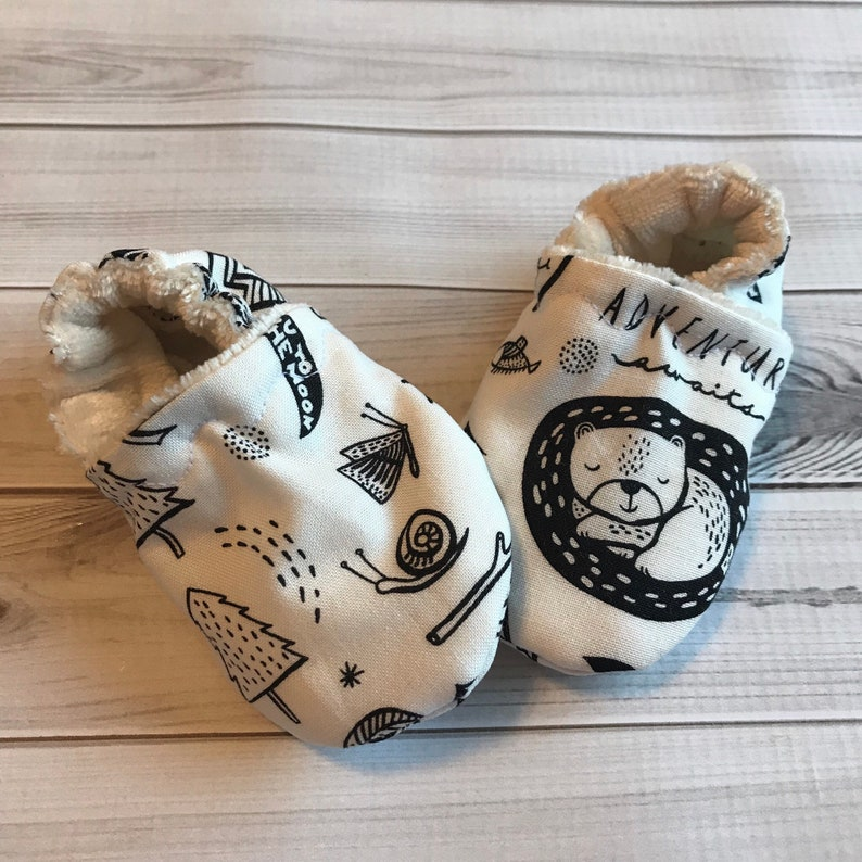 2b757089954d8 Bear Baby shoes woodland camp forest crib shoes booties, organic bamboo,  custom size preemie, newborn, 0,3,6,9,12,18, 24 months