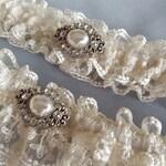 Vintage Ivory Lace Wedding Garter Set Elegant Wedding Bridal