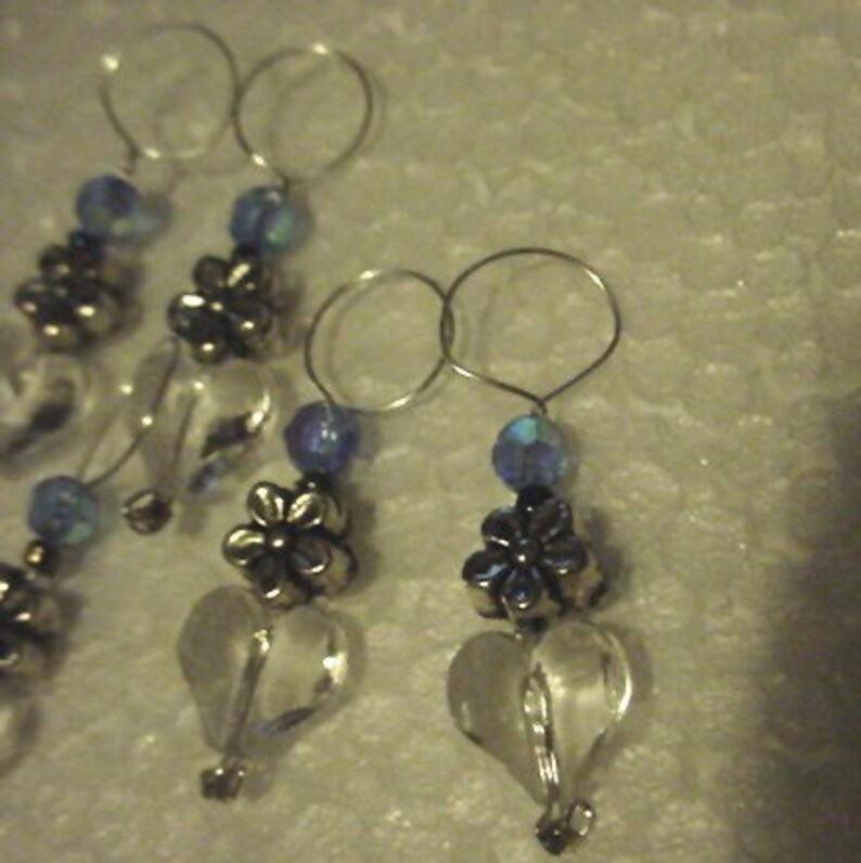 Blue clear /& silver  Australia Fire Donation Stitch Markers -Hearts and Flowers Closed Knitting Knit Snag Free stitch markers set of 7