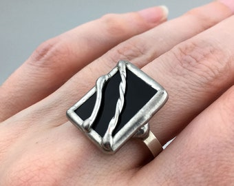 Licorice Twist  -  Size 10 Sterling Silver Stained Glass Ring