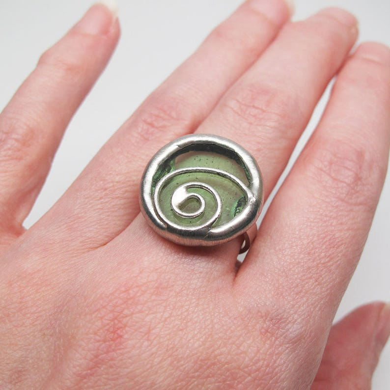 Lime Seltzer  Size 9 Sterling Silver Stained Glass Ring image 0