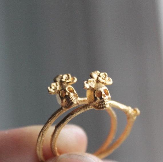 9K solid gold sugar skull ring Gold skull jewelry Green tourmaline ring
