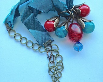 Red Carpet Time - Lucite Duppioni Ribbon One-of-a-Kind Necklace PRICE REDUCED