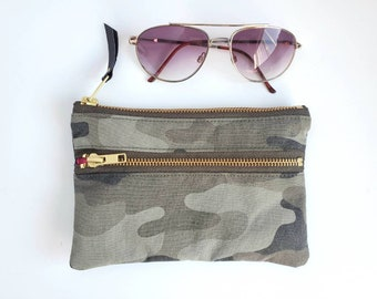 Camo Pouch. Camouflage. Double Zipper Pouch. Army Bag. Leather Pouch. Repurposed. Change Purse. Leather Coin Purse.