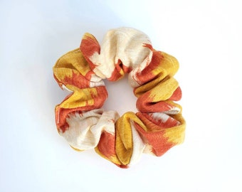 Scrunchie. Upcycled Scrunchie. 80's Hair Accessory. Vintage Style. 1970's inspired. Hair Scrunchie. Hair Tie. Vintage Fabric.