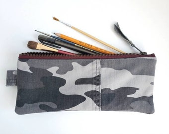 Camo Pencilcase. Camouflage. Double Zipper Pouch. Army Pouch. Leather Pouch. Artist Case. Repurposed. Makeup Bag. Cosmetic Bag.