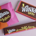 Wonka Bar, FudgeMallow & Scrumdiddlyumptious labels Wonka Bar candy wrappers Willy Wonka party favors DiY printable kit ReTRo oRaNGe PiNK
