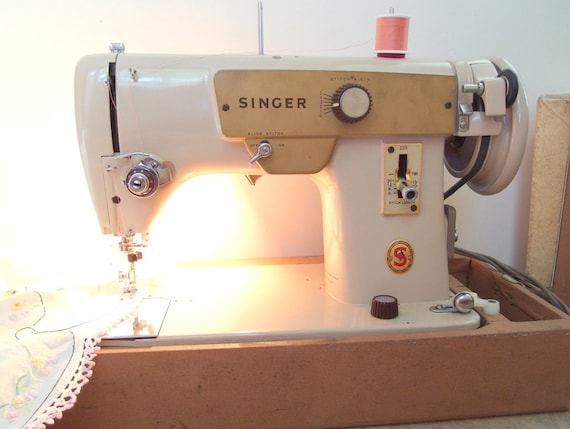 Vintage Singer Sewing Machine Model 40 Rfj4040 Etsy Magnificent Singer Sewing Machine Model Number
