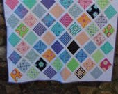 """Quilt for Child or Adult-Throw Quilt-Lap Quilt -Quilt with Daisies  Size 48"""" x 48"""""""