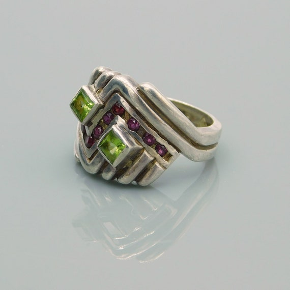 Vintage Sterling Chevron Ring, Sterling Peridot a… - image 4