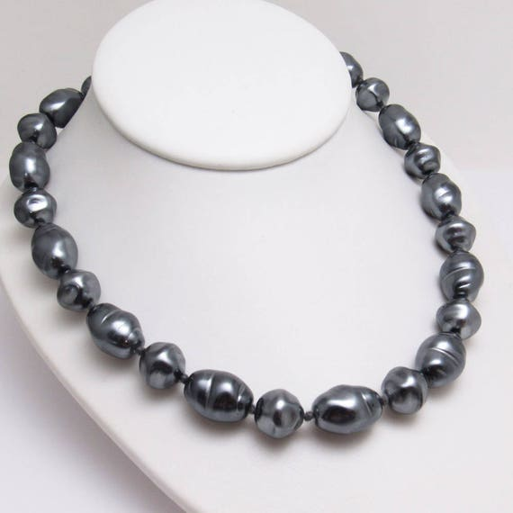 Chunky Gray Pearl Necklace Vintage Eighties Jewelr