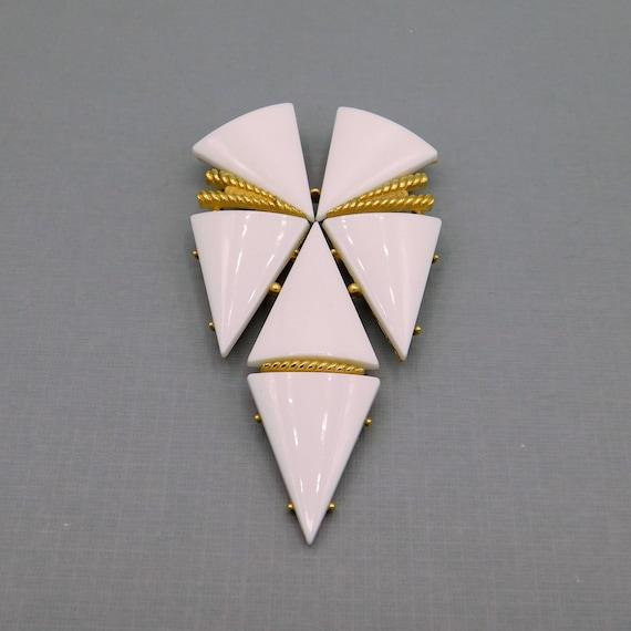Big White Star Brooch, Shield Brooch, Trifari Broo