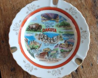 Commemorative Souvenir South Dakota Ashtray (19G)