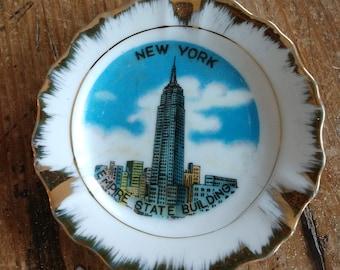 Souvenir Mini New York City Empire State Building Plate (19G)