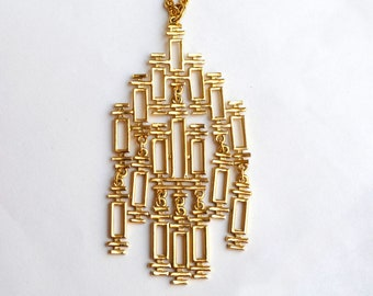 Modernist Fringed Link Pendant and Chain