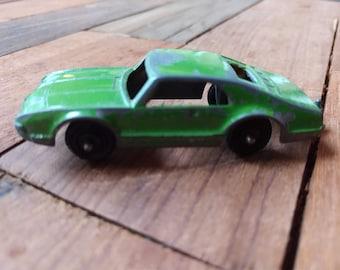 Vintage TootsieToy Diecast Toronado Car (19A)