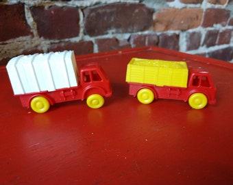 Vintage Plastic Truck Set (19A)