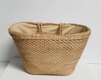 Braided handle woven wicker basket tote