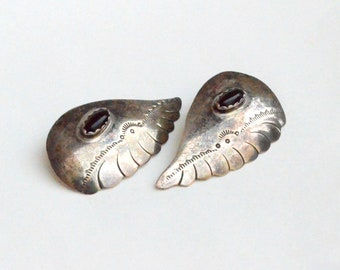 Large angel wing post earrings  Hand tooled Sterling 925 with onyx cabochon accent Southwestern style