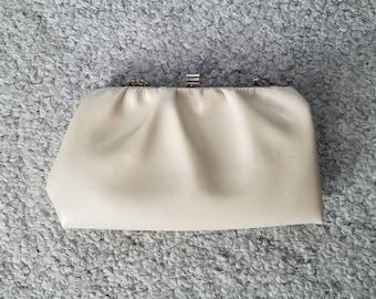 Beige pleated creamy clutch bag