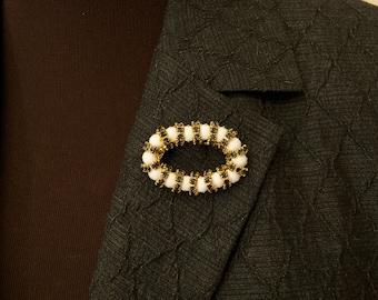 Vintage Oval Rhinestone Brooch Pin