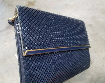 Impeccable Vintage Whiting & Davis Navy mesh clutch with strap
