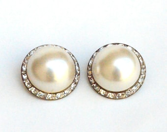 Mondo Crystal and Pearl clip on Earrings