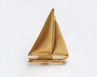 Golden Sailboat Pin