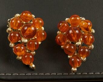 Vintage Lisner  Clip Earrings