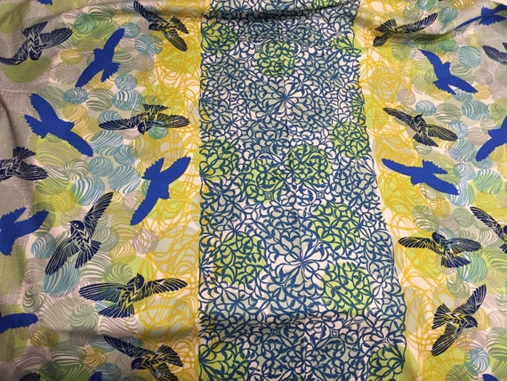 Royal Blue background 17319-313 Robert Kaufman Musings Birds 100/% COTTON fabric by the yard