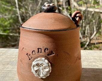sgraffito bird pottery bowl pottery bird nest bird lover gift jewelry dish pottery anniversary Bird nest black and white ceramic dish