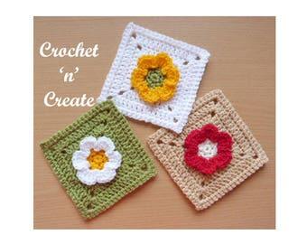 Flower Granny Square Crochet Pattern (DOWNLOAD) CNC62