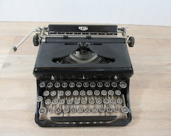 Royal Touch Control typewriter- FREE SHIPPING-good condition- antique